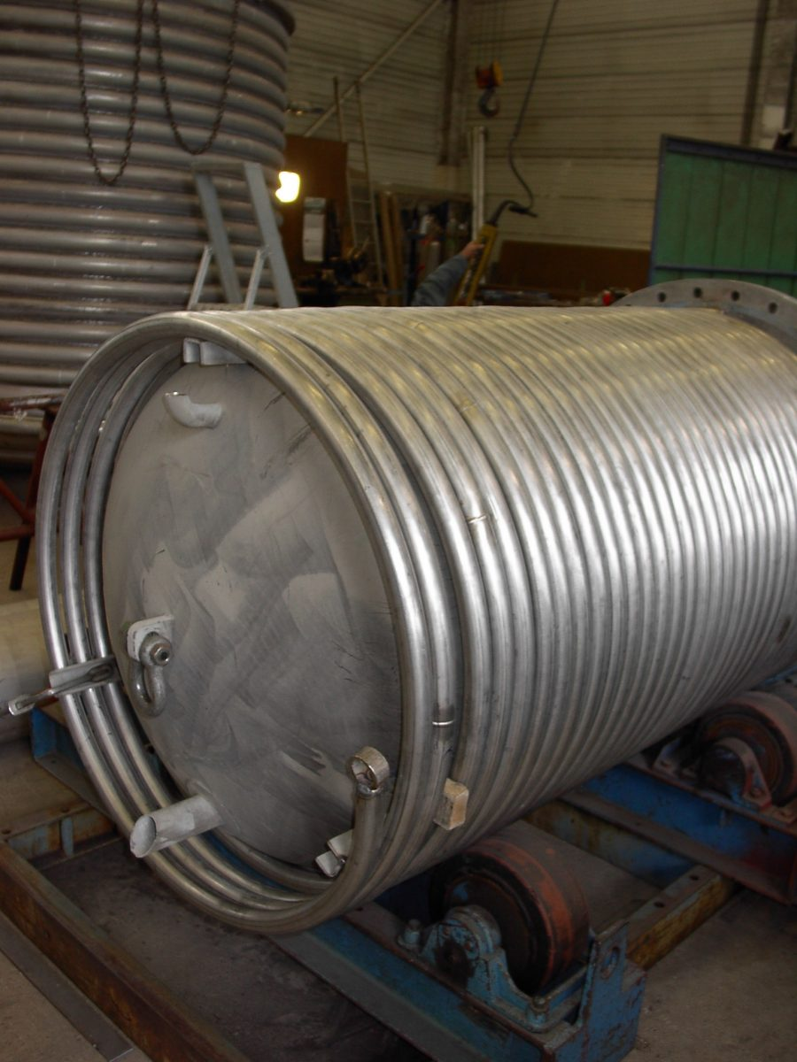 heat exchanger shell and coil