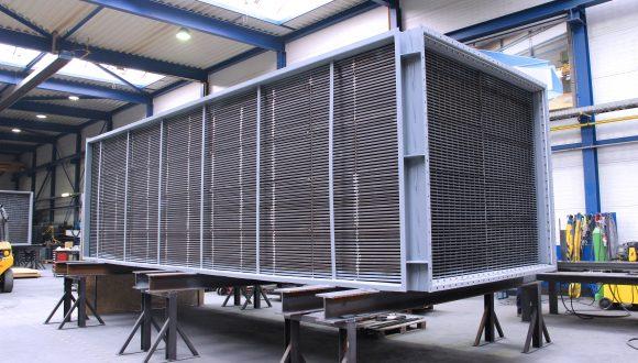 Luchtvoorverwarmer hydrokraakinstallatie