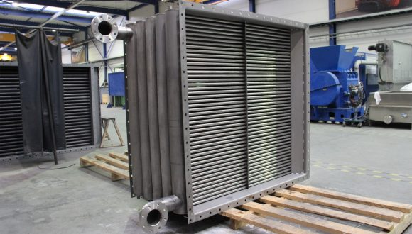 Flue gas cooling heat exchanger