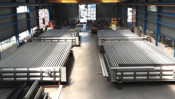 heat exchangers for cleaning contaminated soil