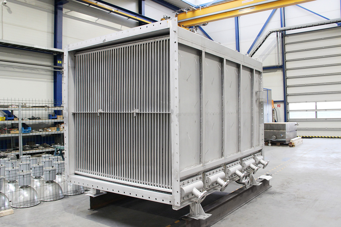 Tubular steam-air heat exchangers